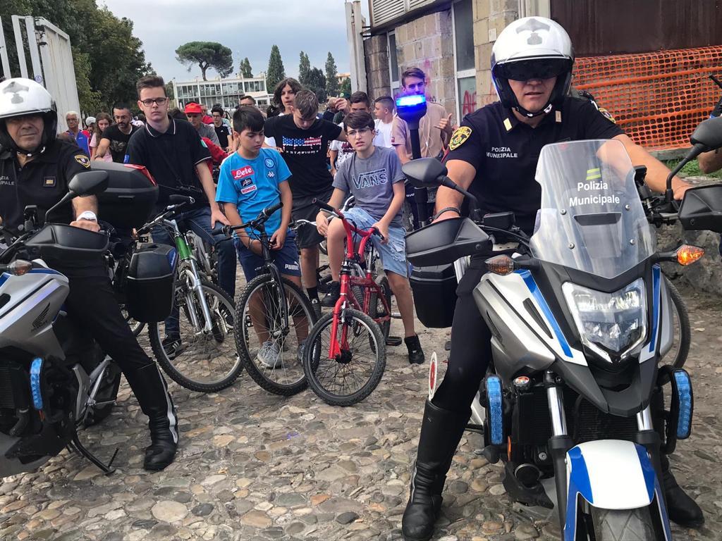 Ciclo pedalata cittadina a Pomigliano d'Arco per avvicinare grandi e piccini all'uso della bici