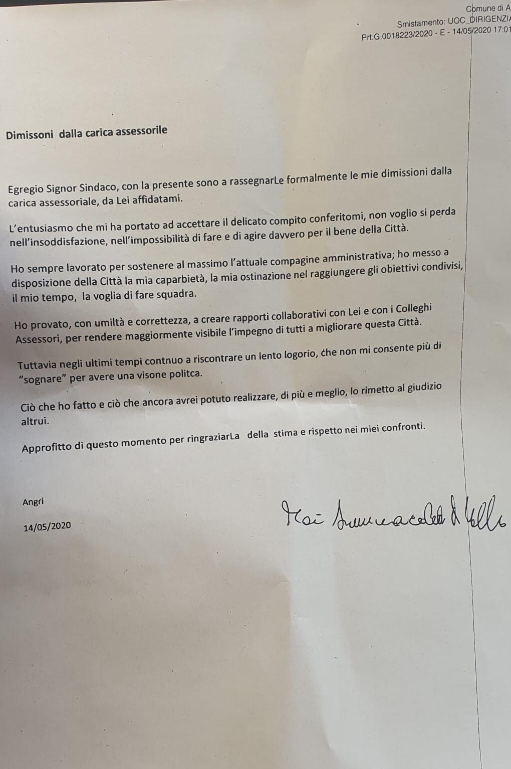 Angri- dimissioni dell'assessore D'Aniello, anzi no… di Simona Catania