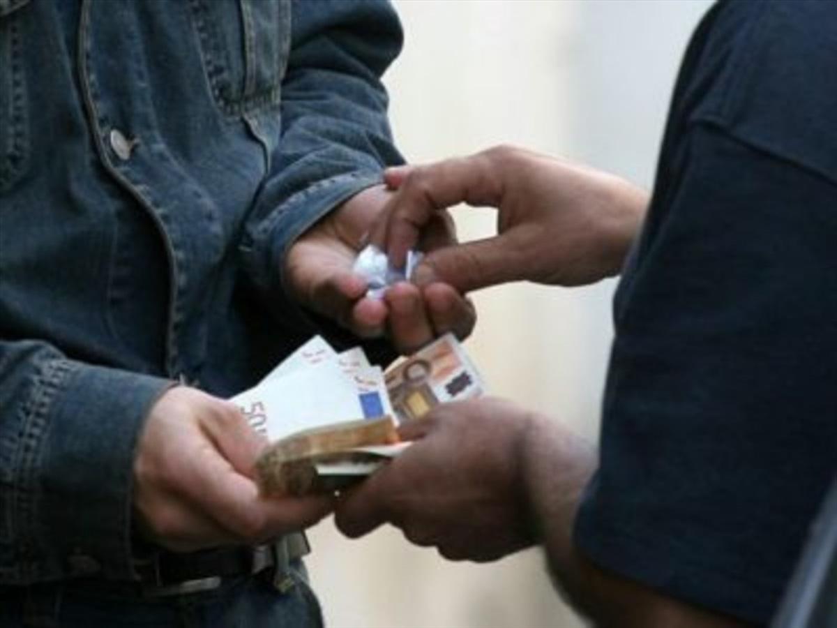 Polizia trova 15 milioni di euro in casa di narcotrafficanti