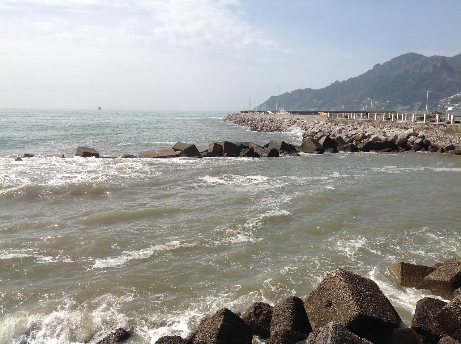 Mare in Campania: tutto inquinato o quasi