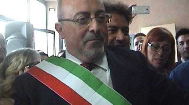 Angri: attacco 5 Stelle al sindaco Ferraioli