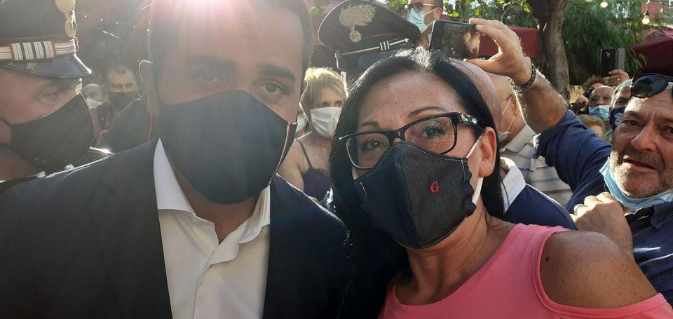 Angri: Di Maio entusiasma, Valeria ancor di più – di Marco Mattiello
