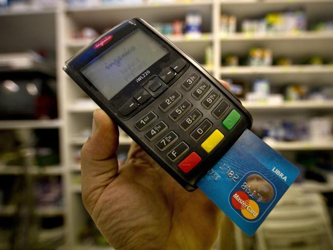 Conto light al ristorante, rimborso del 20% se si paga con carta o bancomat
