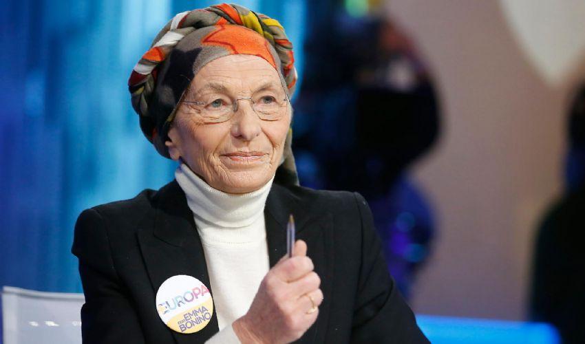 """Regionali: anche Emma nel calderone di """"Vincenzone"""""""