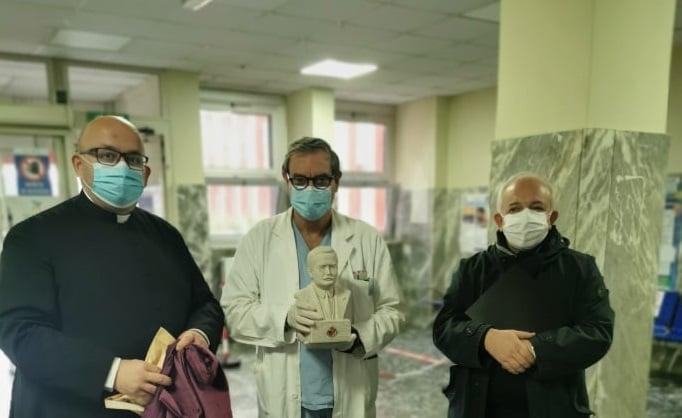 Scafati: in città le reliquie di Moscati, il medico santo