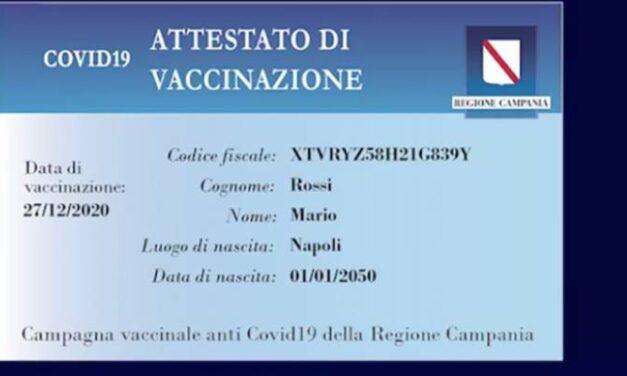 De Luca non smette mai di stupire: 'I cittadini campani riceveranno una card di avvenuta vaccinazione'