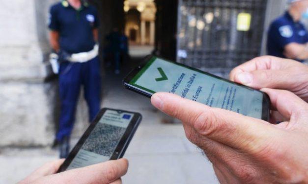 Green Pass: codici rubati o copiati, fatta la legge…