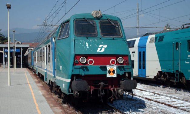 Disagi per gli utenti della linea ferroviaria Napoli-Nocera-Salerno
